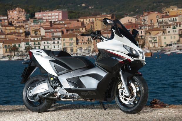 MegaScooter Aprilia-SRV850