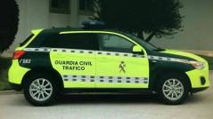 coche guardia civil amarillo fosforito